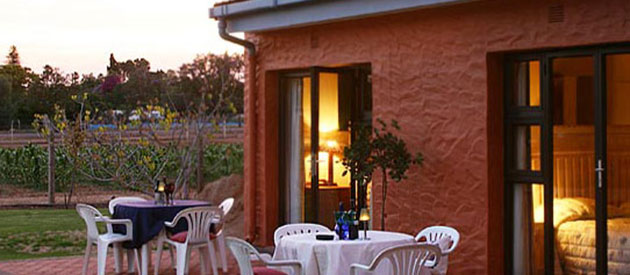 Cul De Sac Bed & Breakfast and Self-Catering, oudtshoorn, www.oudtshoorn-info.co.za